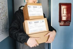 Deliver your parcels to anywhere in Singapore